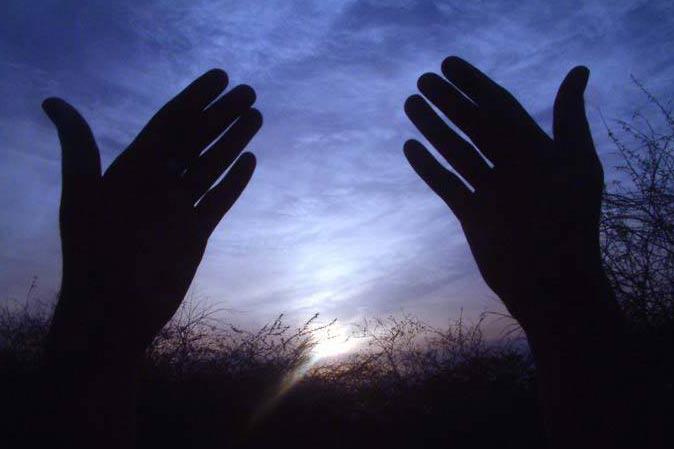 عبور از بن بست ها با توکل به خدا میسر است/ چرا علامه طباطبایی همه انسان ها را خدا می دید؟+ فیلم