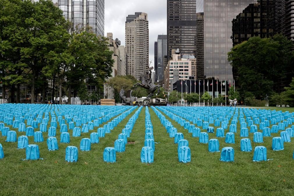 تصاویر روز، از مراسم ادای احترام به قربانیان ۱۱ سپتامبر تا اقدام نمادین فعالان حقوق بشر مقابل مقر سازمان ملل