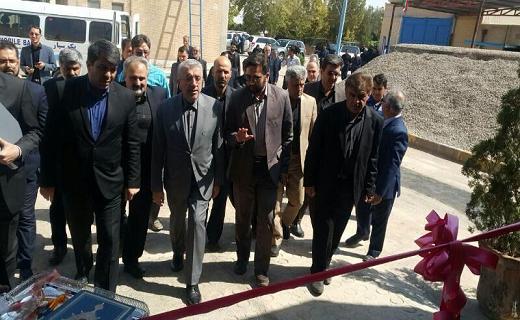 افتتاح پنج سامانه نوین گندزدایی آب با حضور وزیر نیرو در یزد