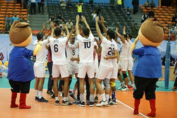 باشگاه خبرنگاران -تیم ملی والیبال ایران ۳ - سریلانکا ۰ / پیروزی آسان شاگردان کولاکوویچ در گام نخست