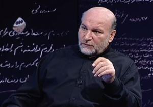 وقتی حاج منصور ارضی، احمدینژاد را به جایگاه شخصیتهای مسجد ارک راه نداد + فیلم