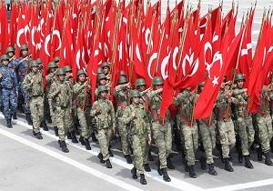 حکم بازداشت ۲۲۳ تن از درجهداران ارتش ترکیه صادر شد