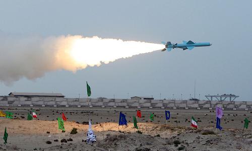 «موشک نور»، روشنی چشمان نیروهای مسلح در دریا + فیلم و تصاویر