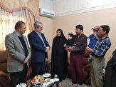 باشگاه خبرنگاران -وزیر کشور با کوتاه قامتترین مرد ایران در مشهد دیدار کرد