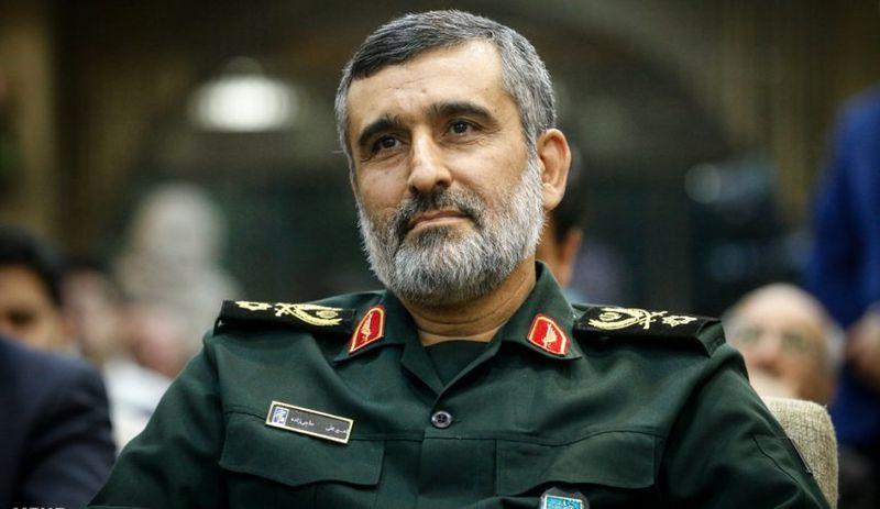 سردار حاجی زاده: اگر آمریکا حمله میکرد، پایگاهها و ناو آمریکایی را میزدیم + فیلم