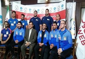 باشگاه خبرنگاران -غیبت کیانوش رستمی در کنفرانس خبری تیم ملی وزنهبرداری