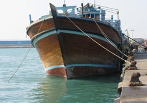 توقیف شناور حامل گازوئیل قاچاق در آبهای خلیج فارس