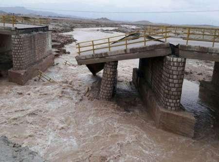 بازسازی پل چهر با اعتبار  ۳۵۰ میلیون تومان آغاز شد
