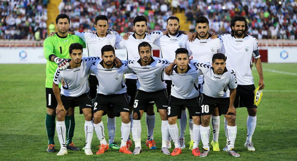 تیم های ملی فوتبال افغانستان و فلسطین وارد همدان شدند