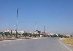نصب پایههای تلسکوپی در بلوار کاشانی شهرکرد