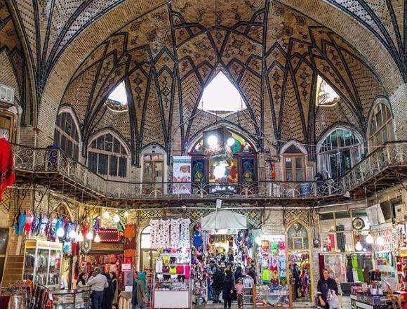 بافت فرسوده تهران ۱۰۰ درصد ناایمن است/ در صورت وقوع زلزله بازار تهران با خاک یکسان میشود