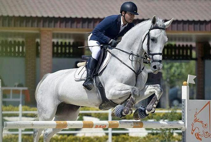 همدان میزبان  مسابقات تور پرش با اسب قهرمانی کشور