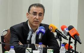 باشگاه خبرنگاران -اصلاح تمام مغایرتهای تابلوهای اتوبوس بی ار تی در اقدامی جهادی
