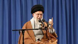 همه مسئولان یکصدا معتقدند با آمریکا در هیچ سطحی مذاکره نخواهد شد/ باید ثابت کنیم سیاست فشار حداکثری در مقابل ملت ایران پشیزی ارزش ندارد
