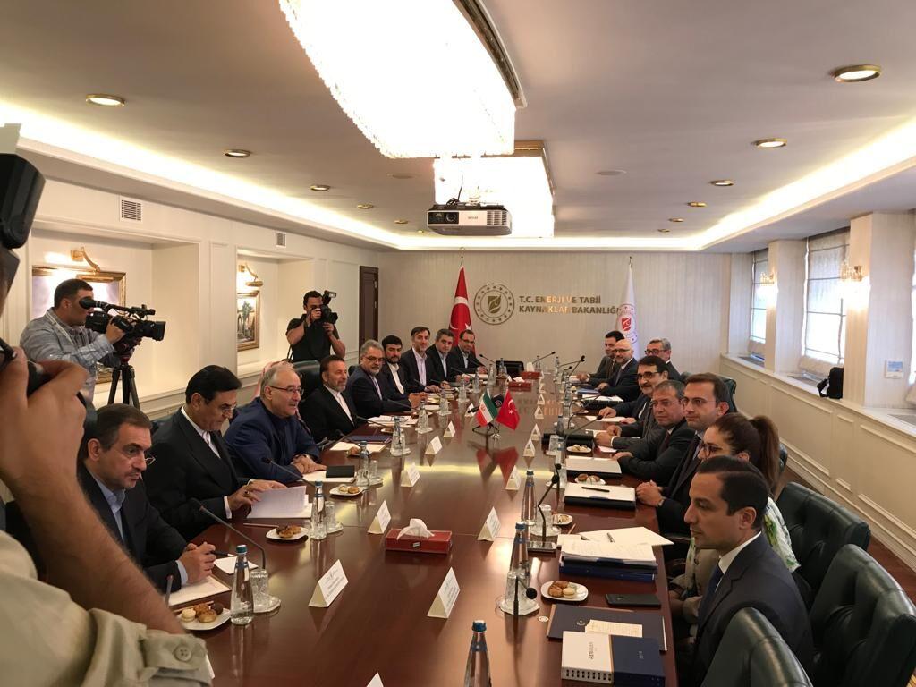 بیست و هفتمین نشست کمیسیون همکاریهای اقتصادی ایران و ترکیه برگزار شد