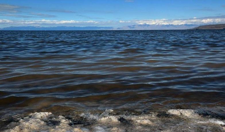 کاهش ۱۰ سانتی متری تراز دریاچه ارومیه نسبت به ماه گذشته