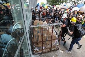 سفر رئیس مخالفان هنگ کنگ به آمریکا