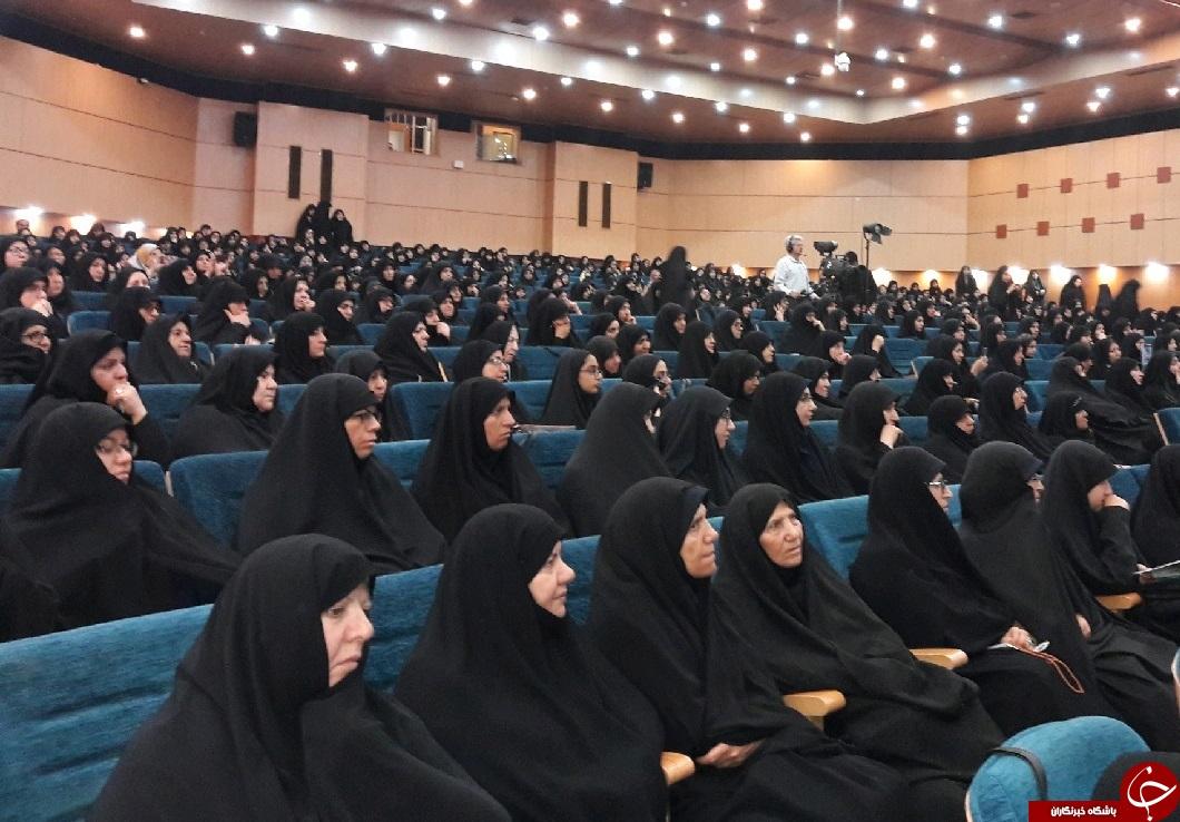 اجلاسیه بین المللی بانوان کنگره نقش امام خمینی (ره) در دفاع مقدس با ۳۰ ملیت