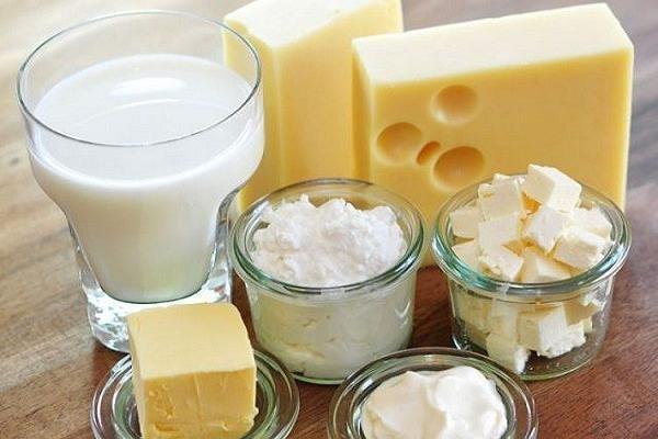 مصرف شیر از بیماریهای مزمن پیشگیری میکند///ثباتی