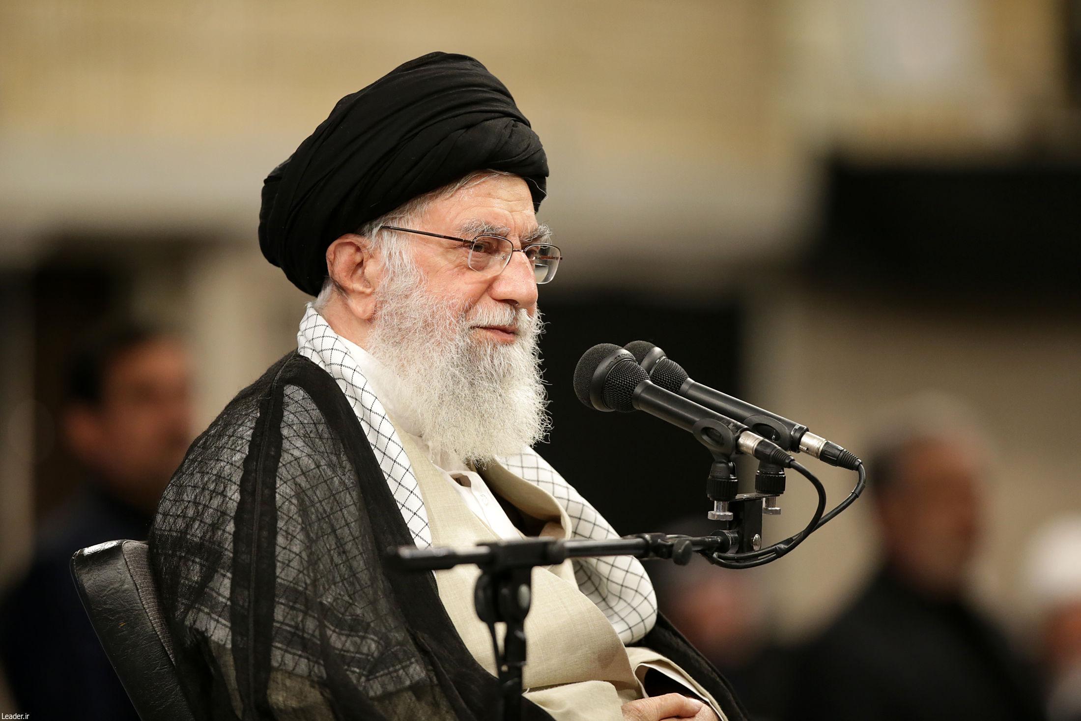 از صمیم قلب خودم و ملت ایران از شما موکبداران تشکر میکنم/ این عشق به حسینبنعلی(ع) یک امر استثنائی است