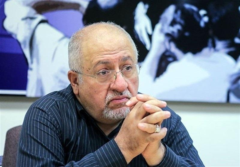 کاظمی/انتقاد حق شناس از برگزاری نمایشگاه کتاب در مصلای تهران/ وزارت صمت برای تکمیل شهر آفتاب کمک کند