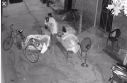 نقشه شوم مرد ۴۰ ساله برای دزدیدن کودک از آغوش مادرش ناکام ماند + عکس