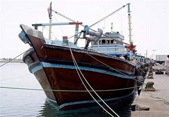بیش از ۴ میلیارد ریال کالای قاچاق در پارسیان کشف شد/ معرفی 2 ناخدای شناور به مراجع قضایی