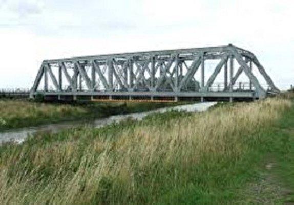 باشگاه خبرنگاران -ساخت ۹۰ دستگاه پل در لرستان آغاز شد
