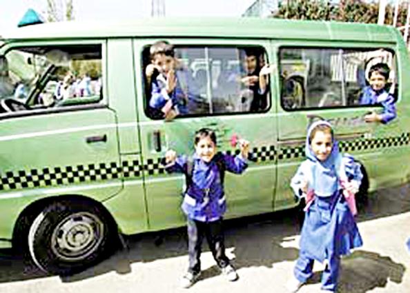 آمار تخلفات رانندگی و تصادفات سرویس مدارس در سال ۹۷/ بکارگیری ۱۵ هزار نیروی پلیس راهور در ترافیک بازگشایی مدارس