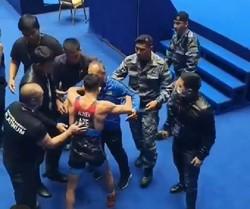 مافیای کشتی در رقابتهای جهانی/ آزادکار اخراج شده آذربایجانی به جدول مسابقات بازگشت!