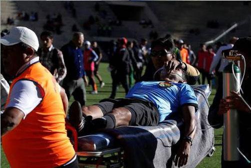 مرگ غیر منتظره داور ۳۱ ساله هنگام مسابقه فوتبال + عکس