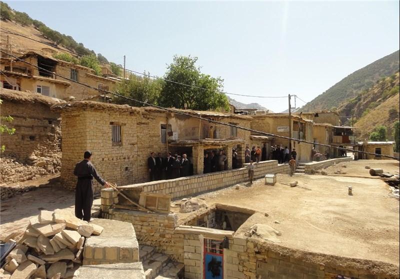 بهره برداری ۵ طرح بهسازی روستایی در اسدآباد