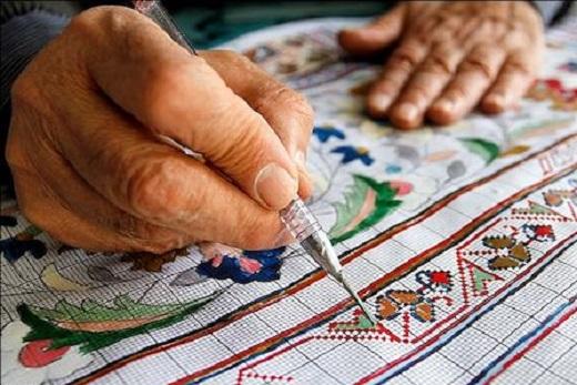 دغدغه هنر سنتی طراحی فرش در استان مرکزی