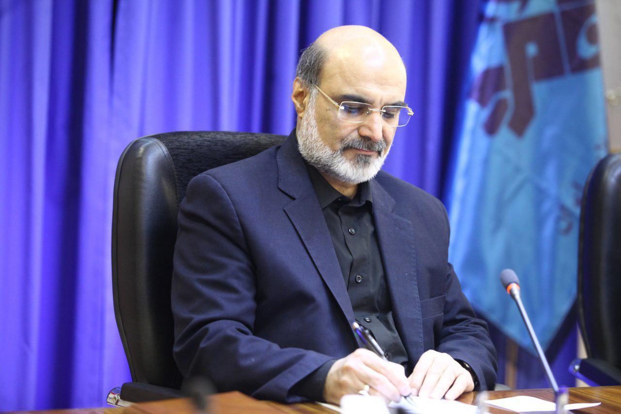 رئیس رسانه ملی درگذشت داریوش اسدزاده را تسلیت گفت
