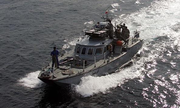 «آذرخش» تیری در قلب ائتلاف تروریستی دریایی آمریکا در خلیج فارس + تصاویر