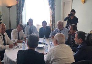 کاخ ریاست جمهوری فرانسه گفتوگوها با ظریف را مثبت خواند