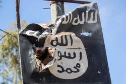تکهپارههای داعش در تپههای عباسآباد + عکس