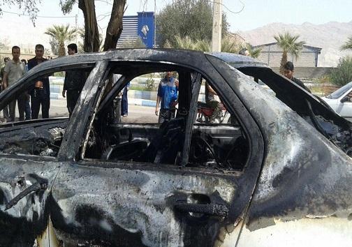 آتش سوزی عمدی خودروی مدیر آبادانی +تصویر