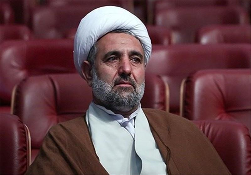 آمریکا از تمام قوای خود برای فلج کردن اقتصاد ایران استفاده میکند/ اقدام جدید واشنگتن تاثیری در مسیر ما نخواهد گذاشت/ انتقاد ذوالنور از نمایندگانی که خواهان تعطیلی جلسه علنی یکشنبه بودند