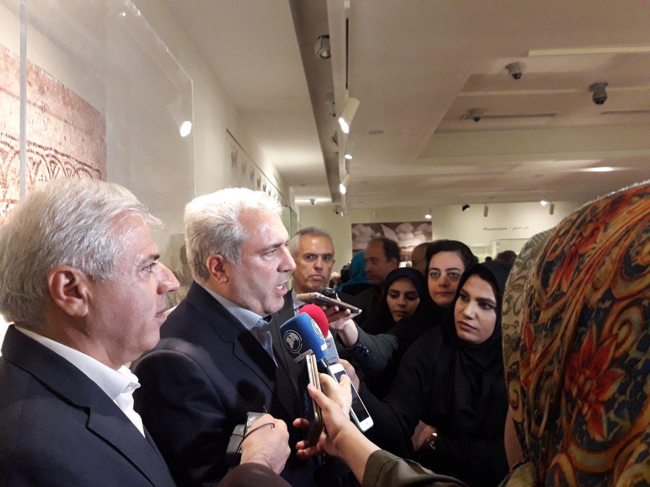 برگزاری نمایشگاه های مشترک به دیپلماسی فرهنگی کمک می کند