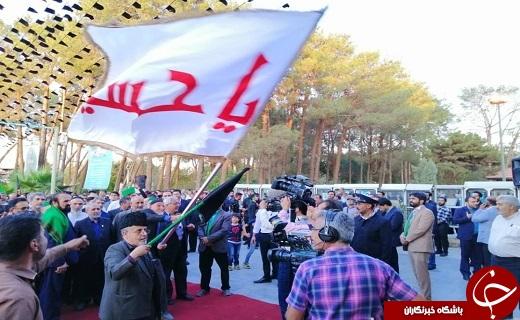 استقبال باشکوه مردم دارلعباده یزد از پیرغلامان و خادمان حسینی +تصویر