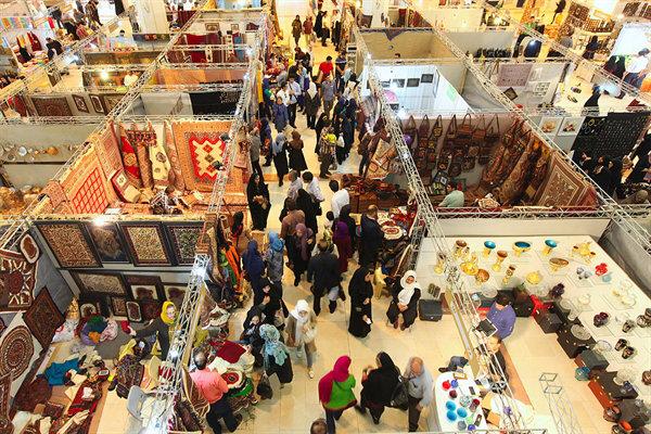 افزایش ضریب نفوذ صنایع دستی در بازارهای بین المللی/۸۱۲ نفر از صنعتگران بیمه شدند