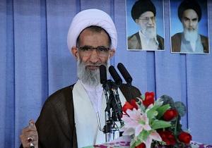 دولت مردان سیره شهیدان رجایی و باهنر را الگوی خود قرار دهند.