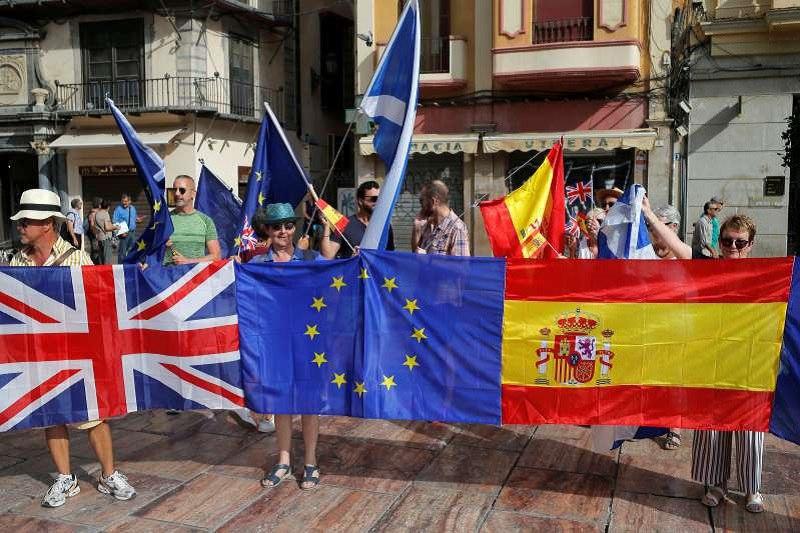 تظاهرات هزاران انگلیسی مقیم اسپانیا در مخالفت با برکسیت
