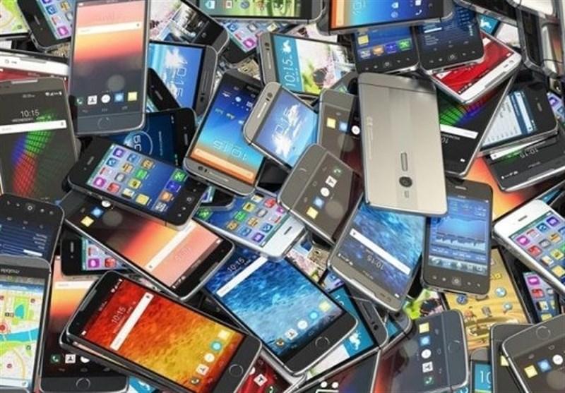 فساد در واردات موبایل/ ۳۰ هزار گوشی تلفن همراه غیرفعال شد