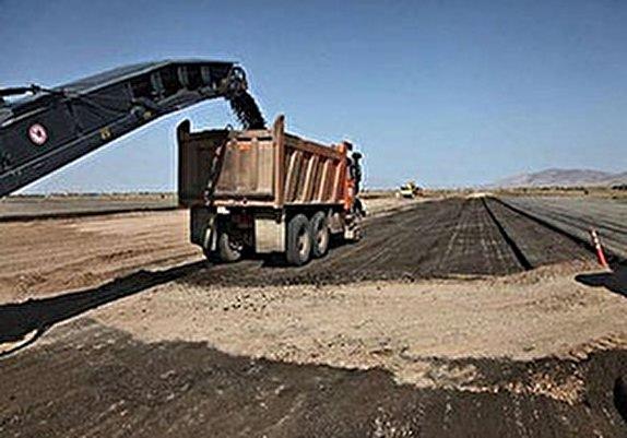 جاده پلدختر به خرم آباد به زودی افتتاح میشود/ ۶۰۰ پل در لرستان بر اثر سیل تخریب شده است