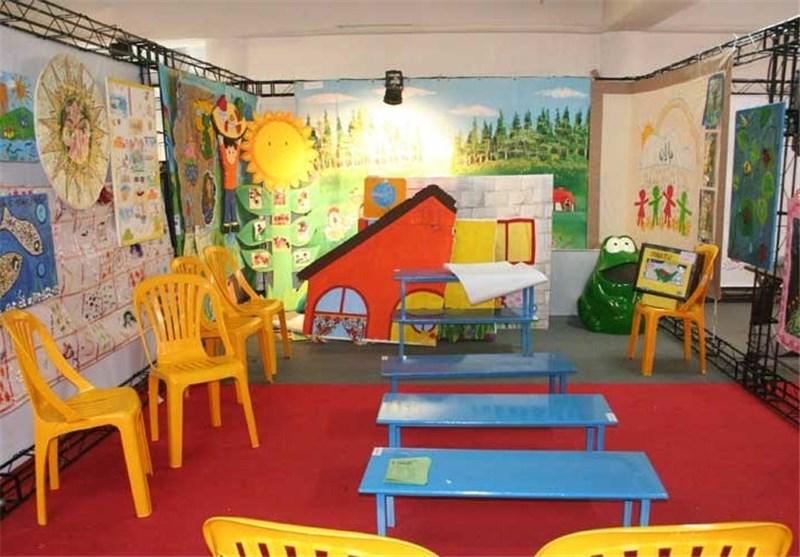 مشت و لگد مربیان جایزه فرار از مهد برای کودک خردسال