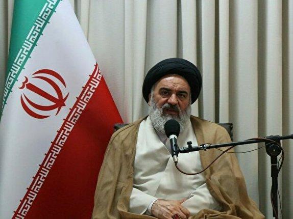 باشگاه خبرنگاران - اقتدار و عزت انقلاب اسلامی ایران به پشتوانه مردم به دست آمده