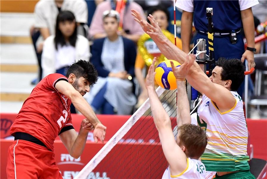 تیم ملی والیبال ایران ۳ - استرالیا ۱ /گام دوم جهانی با پرش از روی کانگوروها / جوانها بازهم گل کاشتند