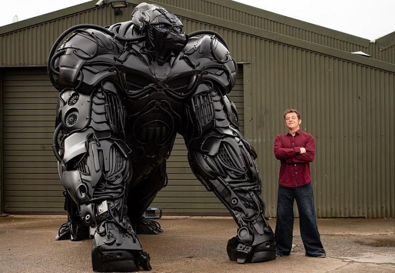 ساخت مجسمهای عجیب با هدف کاهش تولید خودرو + تصویر